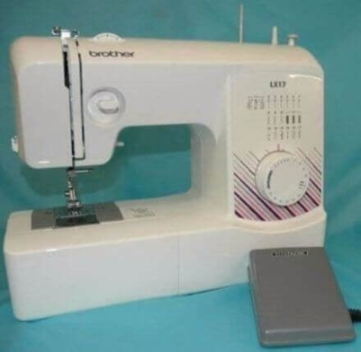 Brother LX17 Sewing Machine Plus Free Carry Case